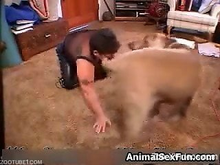 Mature dog fucked in home video during zoophilia