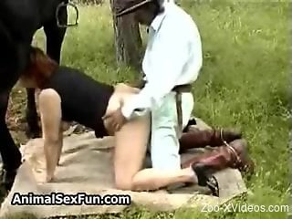 BBW getting spit-roasted in a hot bestiality video