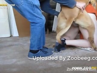 Big booty dude getting fucked by a brown dog