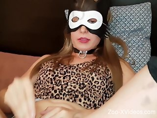 Mask-wearing chick getting her pussy plowed deep